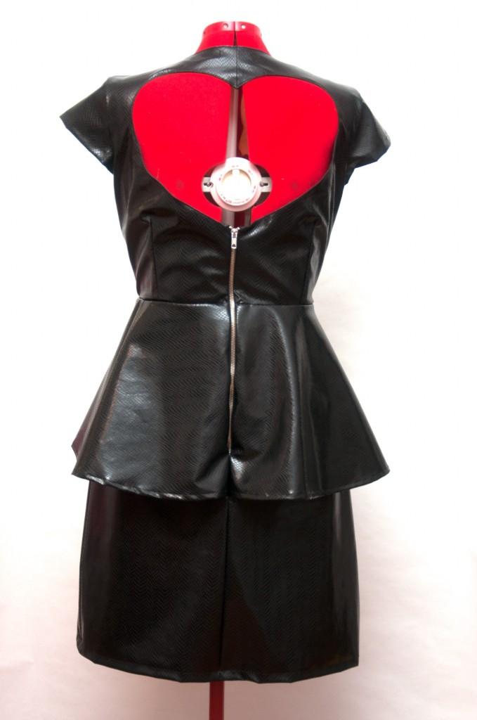 Vestido-cuero-espalda