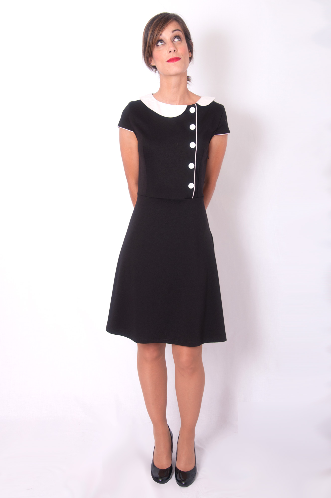 vestido negro manga corta little black dress
