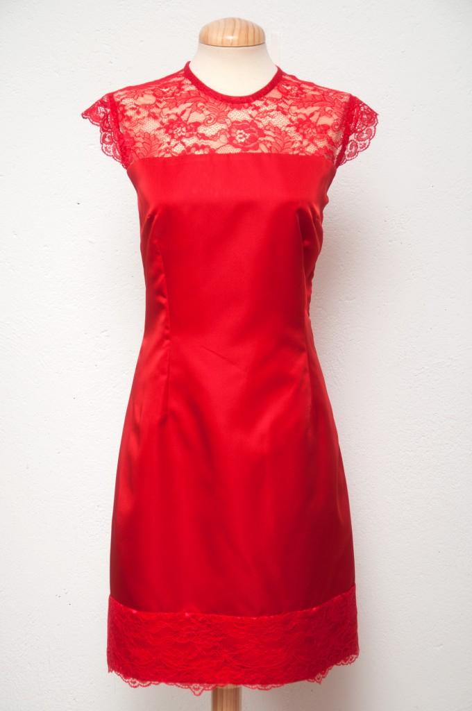 Vestido-rojo-encaje-Pilar