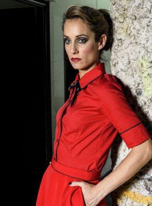 Camisa roja con puntos negros Last Call