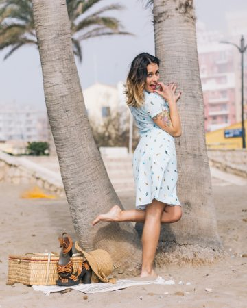 Camisa y falda estampado playero Surf Waves - Dresses2Kill SS18
