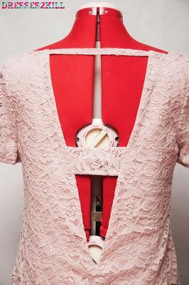 vestido encaje rosa espalda abierta