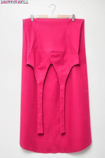 Vestido largo rosa cola escote halter v cruzado